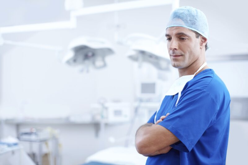 What are the best ways to mentally and physically prepare for surgery? Read our health checklist to learn what you need to know.